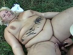 Chubby Blonde 40 Yr Old Gets Spunked On Outside